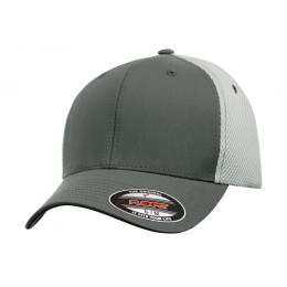 FLEXFIT® ULTRAFIBRE & AIRMESH CAP